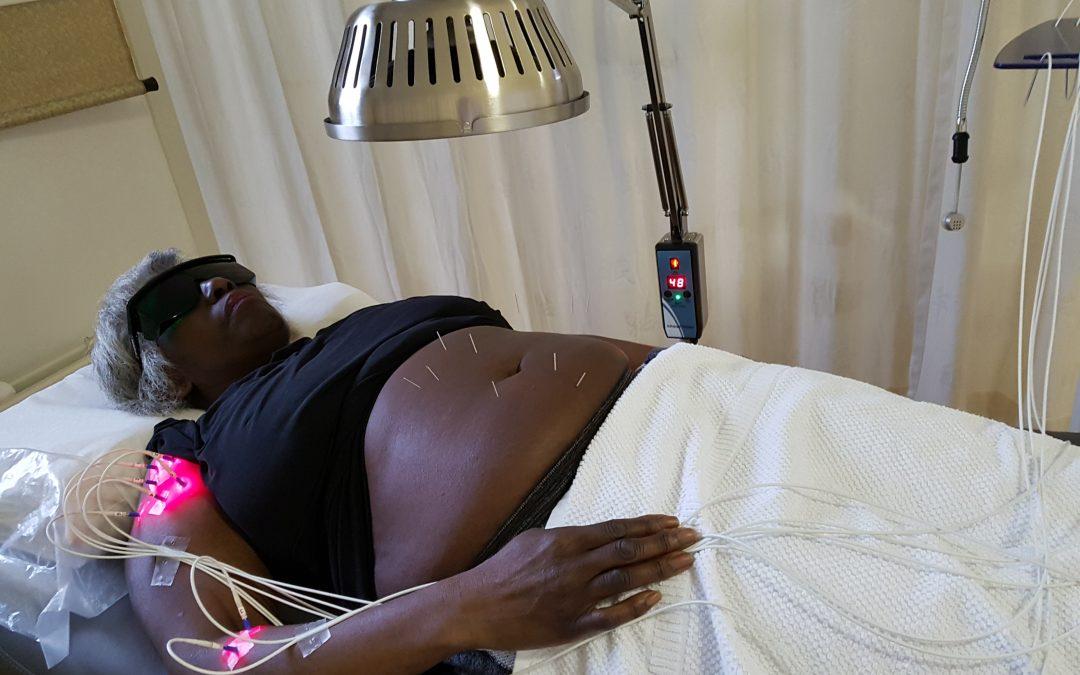 Pijnklachten met pijnvrije acupunctuur technieken laten geholpen
